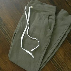 Old Navy XS sweat pants super soft NWOT